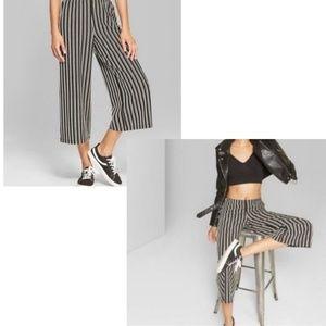 Wild Fable Black White Stripe Cropped Gaucho Pants